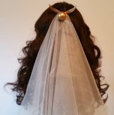 Keep things classy with hidden Potter accents, like this snitch veil. | 26 Easy Ways To Have A Magical Harry Potter Wedding