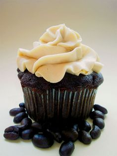 Mocha Cupcakes with Espresso Frosting - must make.