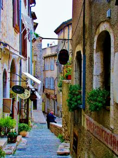 St Paul de Vence - Would love to return here one day.....