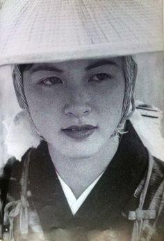 秋田美人から沖縄の芸者まで、名人・木村伊兵衛の美人写真まとめ - NAVER まとめ