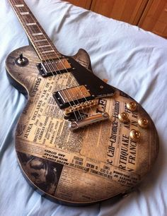 cool Gibson Les Paul bad news guitar Read More by blommejulius. Guitar Diy, Music Guitar, Playing Guitar, Learning Guitar, Acoustic Guitar, Cool Guitar Picks, Guitar Notes, Ukulele, Guitar Chords