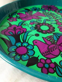 Fantastic scandi 60s retro vintage tin tray. Mid century modern. Lovely colors