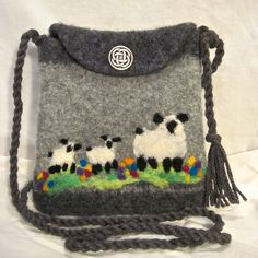 Ravelry: Agilejack's Grey Sheepy Shoulder Bag