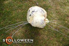 2008spiderproject-10 Creepy Halloween Props, Halloween Spider, Halloween Art, Spider Decorations, Crafts To Do, Sculptures, Spiders, Harry Potter, Big
