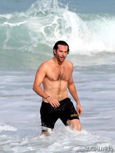 """BRADLEY COOPER. """"Didn't see 'that' one comin!"""""""