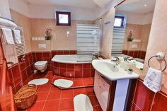 Corner Bathtub, Bathroom, Washroom, Bath Room, Bathrooms, Bath, Bath Mat