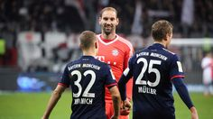 Bundesliga: Veteran Tom Starke dusts off gloves as Bayern Munich extend lead #FCBayern   Bundesliga: Veteran Tom Starke dusts off gloves as Bayern Munich extend lead  Berlin: Bayern Munichs third-choice goalkeeper Tom Starke stepped in at the last minute as the Bundesliga leaders went eight points clear with a 1-0 win at Eintracht Frankfurt on Saturday.  The 36-year-old veteran started the season as goalkeeping coach co-ordinator in Bayerns academy after retiring in May but dusted off his…
