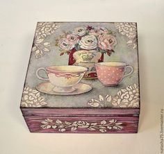 I will show you how to decoupage a lovely jars from. I used decoupage glue and paper napkins. Decoupage Vintage, Decoupage Art, Painted Boxes, Wooden Boxes, Hand Painted, Altered Boxes, Altered Art, Diy And Crafts, Paper Crafts