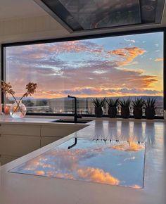 Dream Home Design, My Dream Home, House Design, Dream Life, Future House, Interior And Exterior, Interior Design, Luxury Homes Dream Houses, Dream Apartment