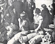 Bij de razzia van 26 mei 1943 werden de Joden uit Amsterdam-Centrum eerst gebracht naar een terrein bij het Muiderpoortstation, waar sommigen zich ook rechtstreeks heen begaven