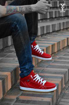 Zapatos diseñados con la mejor calidad realizamos envios a todo el país #shoes #style #urban #street #footwear #skate #bmx #downhill #original #brand #boys #men @ytcloth @youththink https://www.facebook.com/pages/Youth-Think/309544496982?pnref=lhc