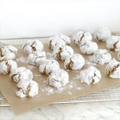 Cakes in the city: Arlecchini - Biscuits italiens Galletas Cookies, Easter Cookies, Christmas Cookies, Diy Christmas, Desserts With Biscuits, Grilling Gifts, Biscuit Cookies, Cupcakes, Sweet Recipes