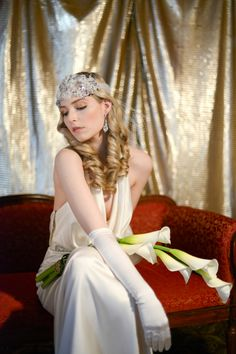 Glam Art Deco Bridal Style | Glamorous Art Deco Styled Wedding