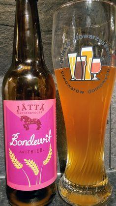 Jåttå Gårdsbryggeri Bondiwif Witbier. Watch the video beer review here www.youtube.com/realaleguide   #CraftBeer #RealAle #Ale #Beer #Beerporn #NorwegianCraftBeer #NorwegianBeer #JåttåGardsbryggeri #Jåttå #JåttåBondiwifWitbier #JåttåBondiwif  #BondiwifWitbier #Bondiwif #Witbier