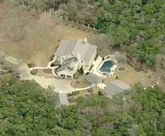 The aerial view of Rick Perry's $10,000 a month West Lake Hills rental mansion.