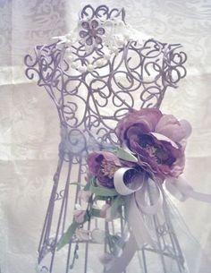 Shabby Victorian~Decorative Wire Dress Form~LAVENDER