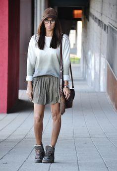 Wedge Sneakers Style #wedgesneakers #outfit ...