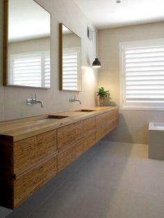 Modern   ombiaiinterijeri bathroom