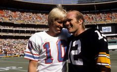 with brother Craig Bradshaw Tennessee Titans Football, New York Giants Football, Nfl Football Players, Pittsburgh Steelers Football, Pittsburgh Sports, School Football, Pittsburgh Steelers Wallpaper, Funny Football Memes, Houston Oilers