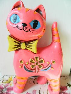Vintage Hot Pink Cat Bank was 18.00 by DOVEYvintage, $14.00