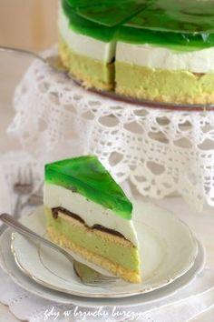 Tort Shrek o smaku kiwi Biscuit Bread, Polish Recipes, Breakfast Cake, Greens Recipe, Let Them Eat Cake, Cake Cookies, Cookie Recipes, Good Food, Food Porn
