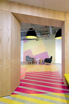 Interior design idea of ​​this office design has a colorful geometric pattern because . - Interior design idea of ​​this office design has a colorful geometric pattern that results from - Commercial Interior Design, Office Interior Design, Commercial Interiors, Office Designs, Interior Shop, Fun Office Design, Lobby Interior, Yellow Interior, Interior Paint