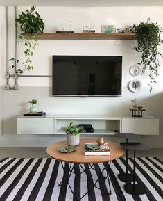 Living room designed by @ gleuse.architecture with wall painted by half . Living Room Tv Unit, Small Living Rooms, Home Living Room, Living Room Designs, Small Living Room Ideas With Tv, Simple Living Room Decor, Living Room Decor Inspiration, Decor Around Tv, Interior Design