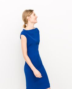 Image 3 of DROP-SLEEVED SHIFT DRESS from Zara