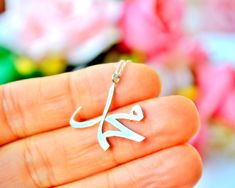 Silver Ring With Diamond Key: 4352916465 Bridal Jewelry, Jewelry Gifts, Unique Jewelry, Jewelry Bracelets, Golden Jewelry, Sterling Silver Jewelry, Silver Ring, Letter Necklace, Necklace Sizes