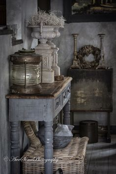 Shabby My style Rustic Room, Rustic Decor, Farmhouse Decor, Shabby Vintage, Shabby Chic, Vibeke Design, Painted Cupboards, French Country Decorating, Wabi Sabi