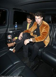 Priyanka Chopra and Nick Jonas join Joe Jonas and Sophie Turner in LDN