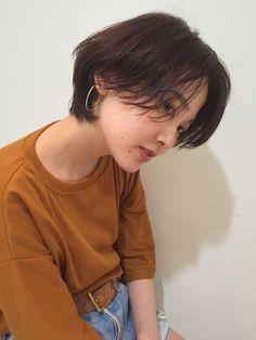 Short Hair Tomboy, Asian Short Hair, Short Straight Hair, Girl Short Hair, Short Hair Cuts, Straight Hairstyles, Medium Hairstyles, Korean Short Hairstyle, Short Hair Korean Style