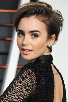 Not one for the fainthearted but Lily Collins super cute pixie cut manages to suit a range of face shapes and is low maintenance for maximum impact Short Hair Cuts For Women, Short Hairstyles For Women, Celebrity Hairstyles, Short Hair Styles, Celebrity Pixie Cut, Celebrity Beauty, Pixie Hairstyles, Trendy Hairstyles, Wedding Hairstyles