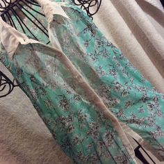 Sheer Sleeveless Summer Top This top is absolutely precious. Hardly worn. Excellent condition. love on tap Tops