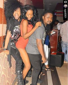 Zeze: Check out denrele edun getting grinded at a club b...