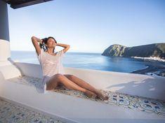 LuxuriöseFerienwohnung auf der Insel Lipari mit atemberaubenden Meerblick und in ruhigerLage. Ein erholsamer Urlaub in Sizilienist hier garantiert.