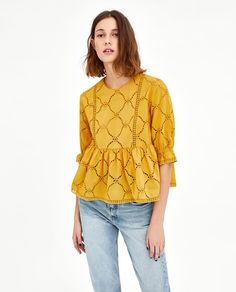 A Mallorca Sun Top to add to your Wardrobe Collection. ⭐ Shop Casual Women Outfit Idea featuring Boho Chic Fashion Inspirational clothing and apparel. ⭐ Shop this look ! Zara Tops, Outfit Ideas, Yellow Blouse, Mode Hijab, Boho Outfits, Western Outfits, Blouses For Women, Ladies Blouses, Bohemian Clothing
