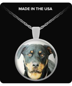 Rottweiler - Round Pendant Necklace