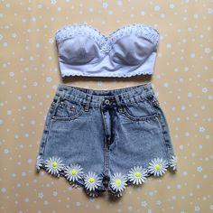 Them daisies.