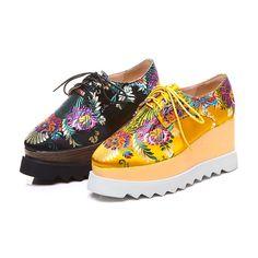 Aliexpress.com: Acheter Krazing Pot soie marque de mode chaussures en cuir véritable lacent bout carré broderie coin haut talon femmes Chinois style chaussures L22 de silk shoes fiable fournisseurs sur Krazing Pot