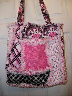 DeereCountry Quilts & More: Pink and black John Deere Rag Quilt bag / tote