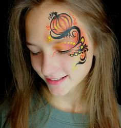 Face paint kit professional with brushes can help you with linework! Pumpkin Face Paint, Pumpkin Faces, Pumpkin Painting, Easy Halloween Face Painting, Halloween Make Up, Tattoo Diy, Tattoo Style, Face Painting Designs, Pop Culture Halloween Costume