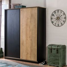 This simple yet classy double wardrobe adds functional storage in teen bedrooms. Create the perfect space and transform his bedroom into a true masterpiece with this boys furniture. Double Wardrobe, Kids Wardrobe, Sliding Wardrobe, Childrens Wardrobes, Boys Bedroom Furniture, Wardrobe Drawers, Bedroom Cupboards, Vertical Storage, Boy Room