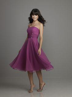 Chiffioin A Line Knee Length Sleeveless Strapless Lilac Bridesmaid Dresses Bdn0015