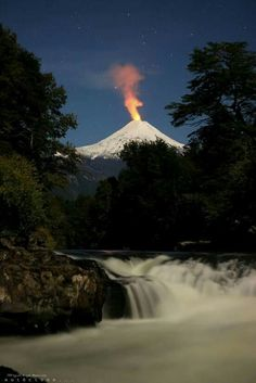 South America, Chile, View to the volcano Osorno Beauty Around The World, Around The Worlds, Places To Travel, Places To See, South America Destinations, Countries Of The World, Wonders Of The World, Adventure Travel, Nature Photography