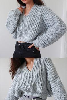 Super Slouchy Sweater – Crochet Pattern – Recipes And Desserts Mode Crochet, Basic Crochet Stitches, Easy Crochet, Knit Crochet, Crochet Tops, Crochet Sweaters, Free Crochet Sweater Patterns, Beginner Crochet Patterns, Crochet Sweater Design
