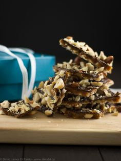 Vegan Chocolate Hazelnut Toffee. Sweet and crunch, the chocolate toffee shards are sure to be a hit this holiday season. Crisp toffee, studded with toasted hazelnuts and topped with chocolate. #vegan