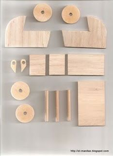 the world of crafts and crafts: tutorials Woodworking Toys, Cool Woodworking Projects, Miniature Furniture, Dollhouse Furniture, Wooden Diy, Handmade Wooden, Diy Dolls Pram, Accessoires Barbie, Diy Kids Furniture
