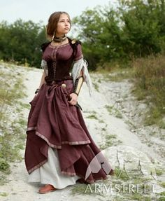 Renaissance Adventuress Ensemble from ArmStreet on Etsy.