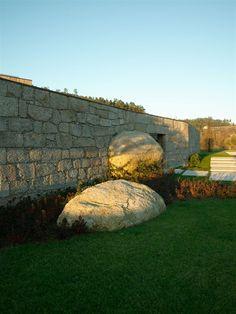 stone on stone entry in Brito, Portugal by Topos Atelier de Arquitectura